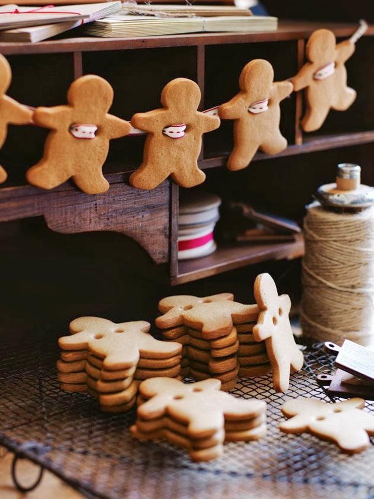 Niedliche Weihnachtsdeko Aus Lebkuchen Mannchen Foto Veroffentlicht