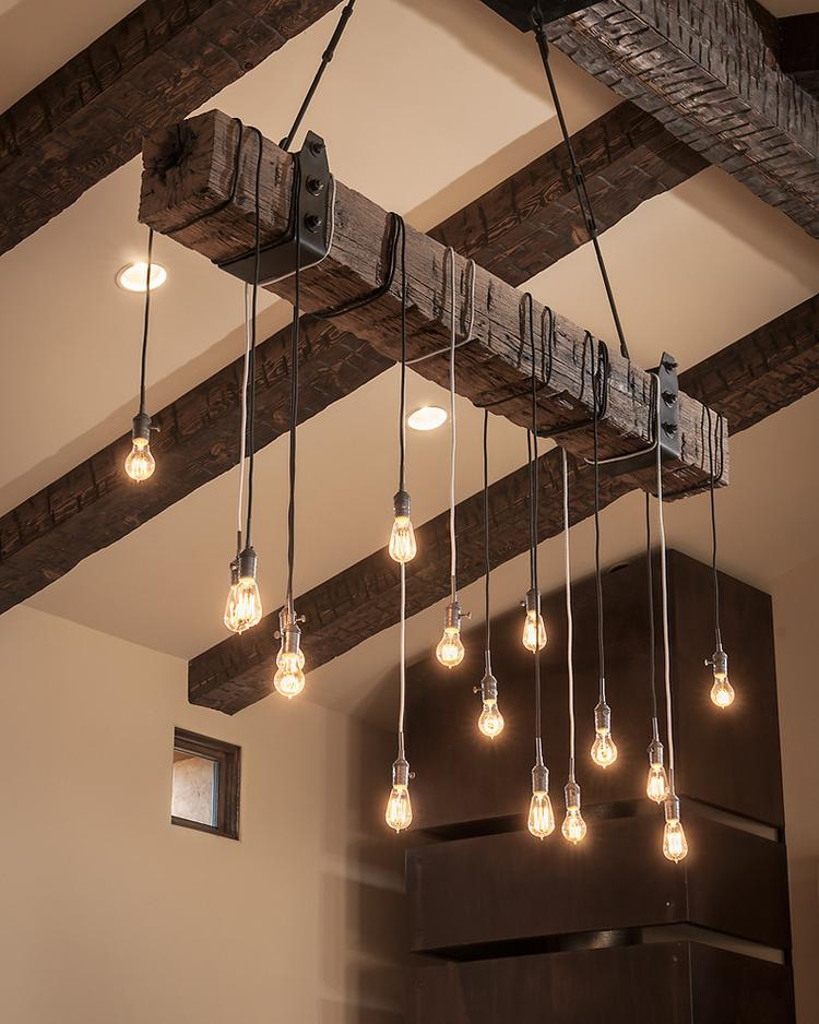 Super idee für eine lampe über dem esstisch. foto veröffentlicht ...