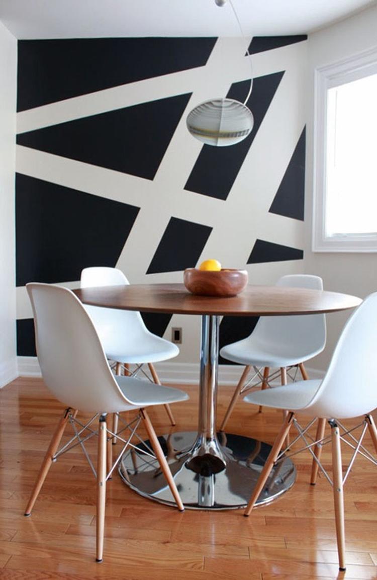 Geometrische Streifen mal eine andere Idee um Wände zu streichen ...