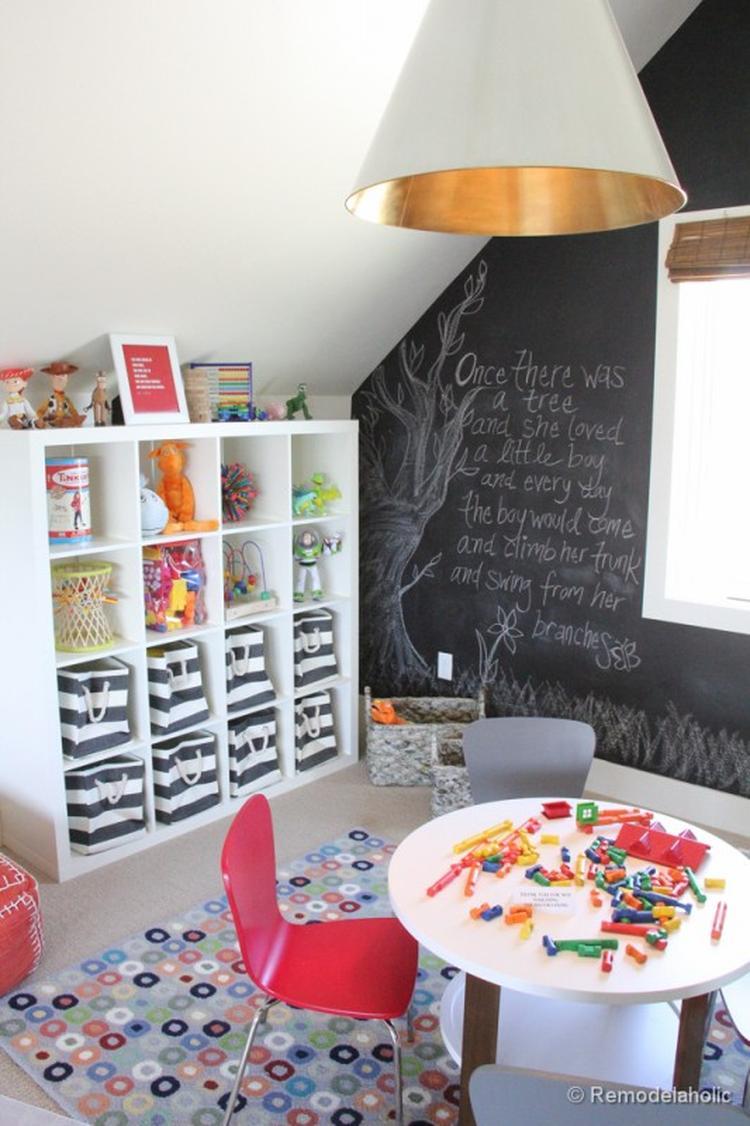 Eine Wandtafel-Wand für das kreative Kinderzimmer. Foto ...