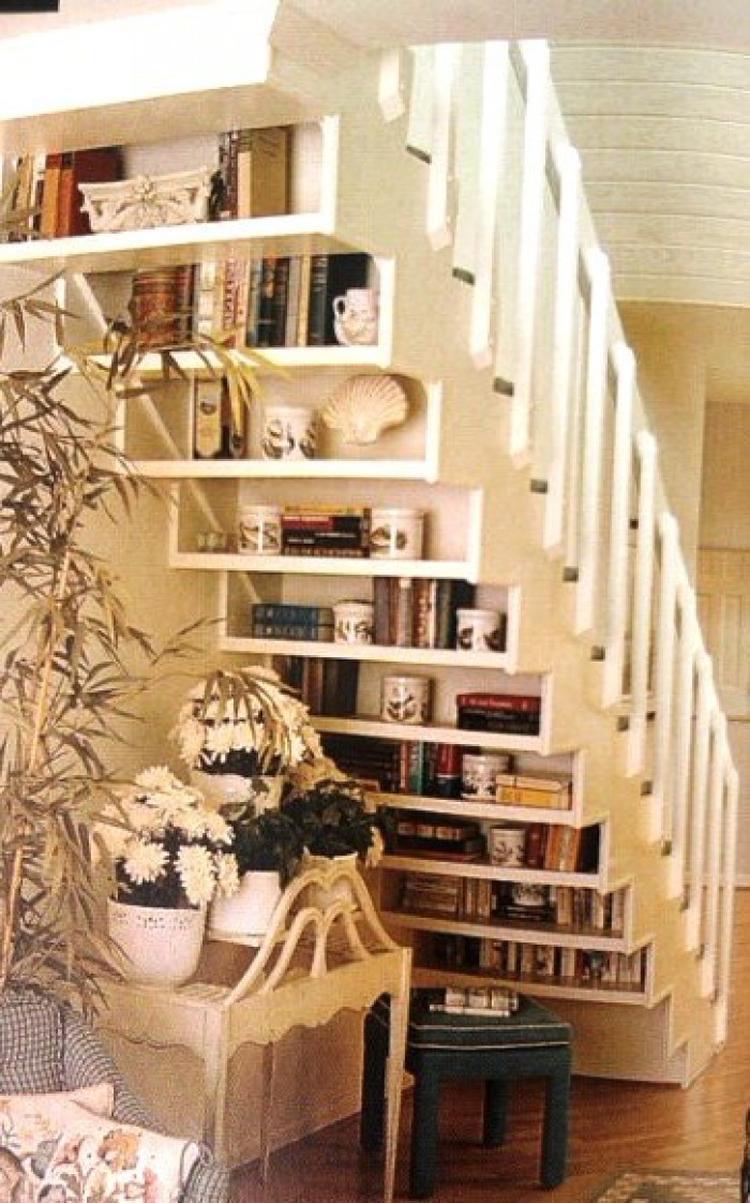 moderne treppe bucherregal, klasse platzsparende idee und es sieht auch noch super aus. die, Design ideen