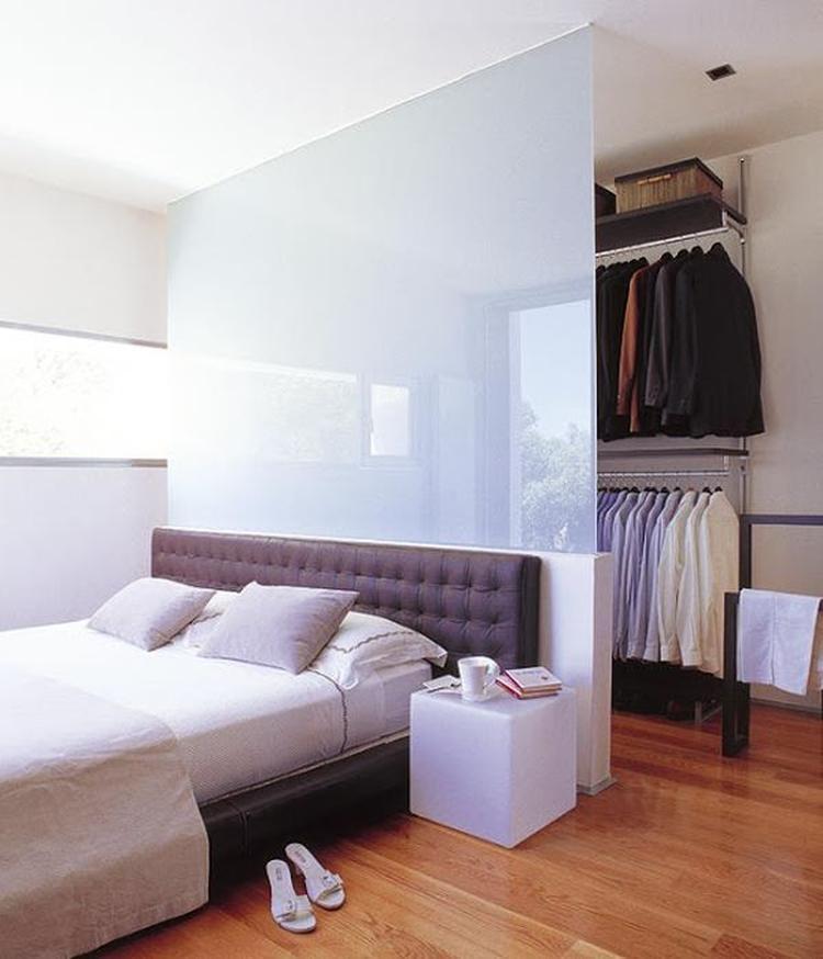 Außergewöhnliche Einrichtungsidee Mit Einer Wand Hinterm Bett Für - Aubergewohnliche schlafzimmer