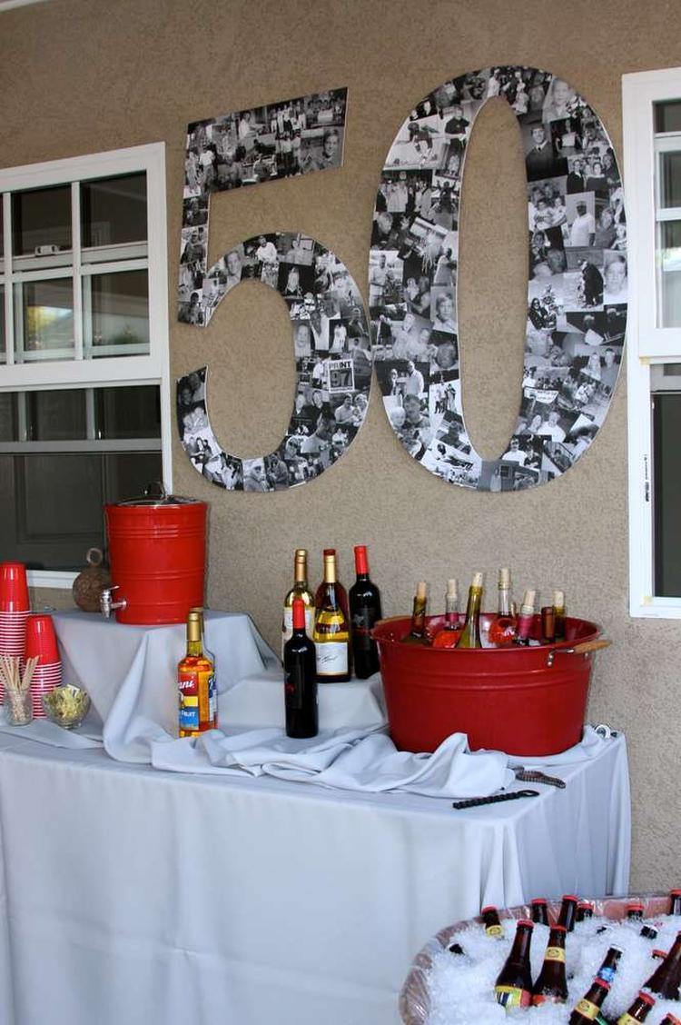Eine Grosse 50 Aus Fotos Basteln Als Deko Zum 50sten Geburtstag Foto