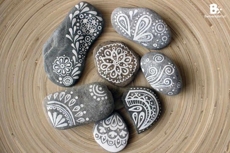 steine bemalen mit schonen mustern