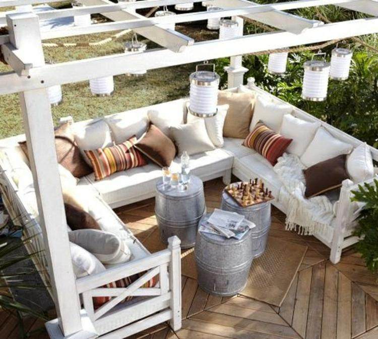 Klasse Pergola Zum Selber Bauen Mit Gemütlicher Lounge Sitzecke Im Garten
