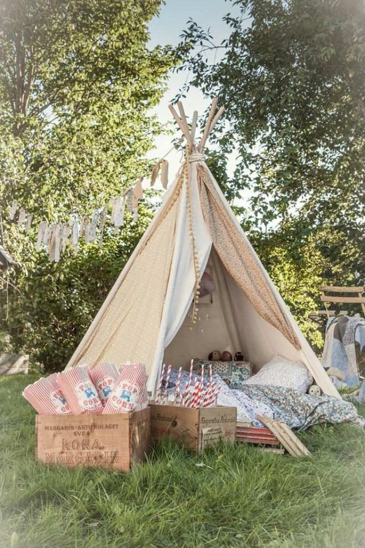 Schon Tolle Idee Für Ein Romantisches Picknick Im Garten