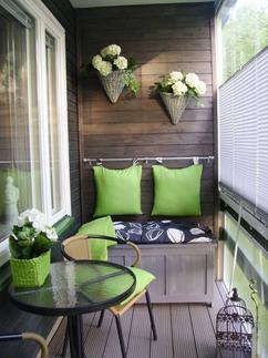 Klasse Idee Für Einen Kleinen Balkon. Man Kann Auch Aus Einem Kleinen Balkon  Etwas Schönes